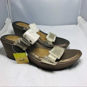 Bait Leather Wedge Sandal size 13